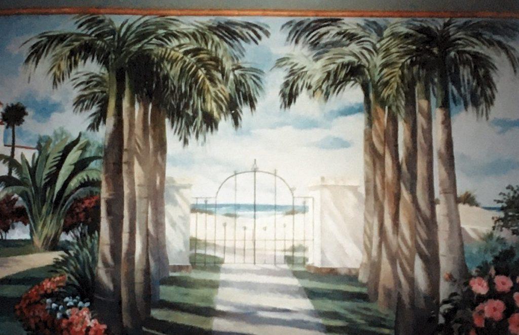 1995 - mural gates to the beach